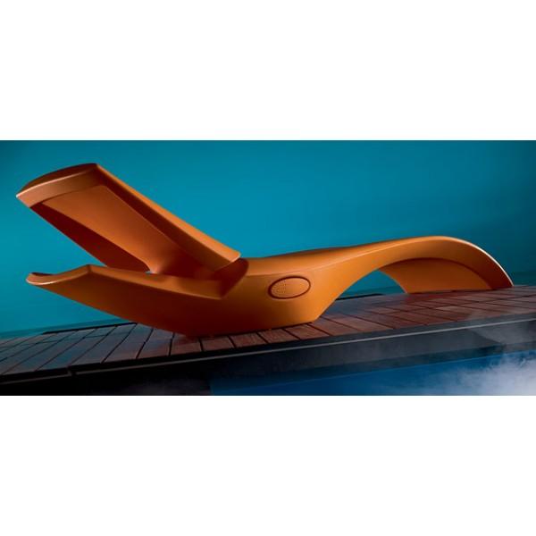 Sdraio prendisole zoe ideale da inserire a bordo piscina for Sdraio bordo piscina